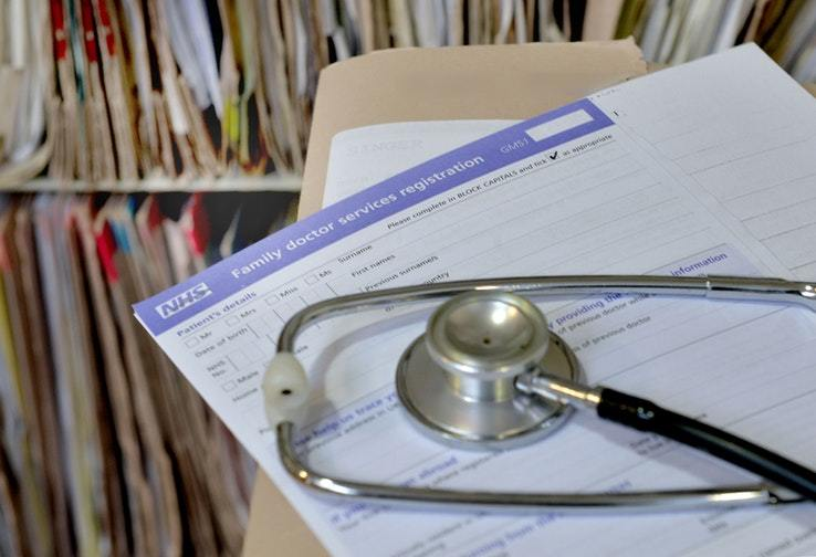 Figures show slight drop in number of complaints to GPs and dentists