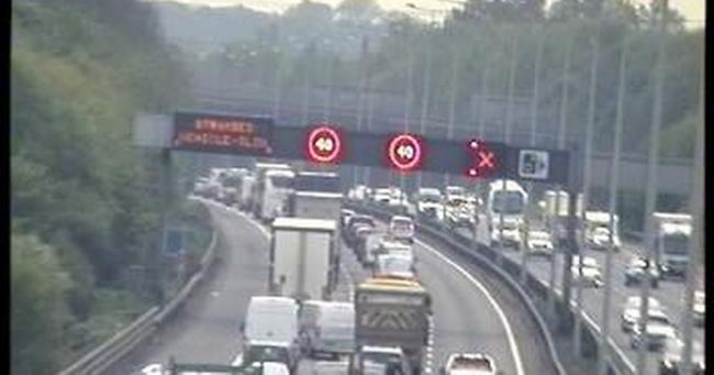 Travel update: Severe delays on M25 and parital tube closures